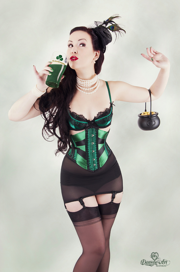 St. Patrick's Day | Sexy Pinup Woman in Green | Lexi Sylver