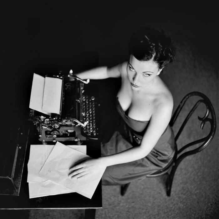 Sexy woman with typewriter | Lexi Sylver